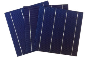 4.36W Poly Solar Cell for 250W Solar Panel pictures & photos