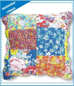 Floral Pattern Patchwork Polyester Quilted Throw Pillow pictures & photos