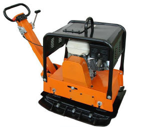 Gasoline/Diesel Vibrating Plate Compactor Vibratory Plate Compactor pictures & photos