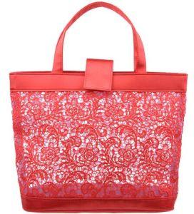 9c5ec24a0b China Red Lace Pattern Handbag with Loreal Sedex 4 Pillar - China Cosmetic  Bag