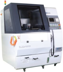 Double CNC Engraving Machine for Tempred Glass Processing (RCG540D)