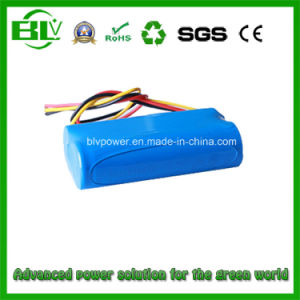 Lithium Battery Pack Output 7.4V 2600mAh for Portable DVD Player pictures & photos