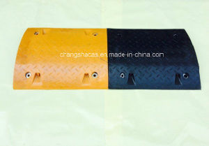Singapore Durable Rubber Speed Humps pictures & photos