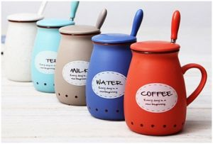 Creative Ceramic Mug with Silicone Lid. Breakfast Coffee Cup