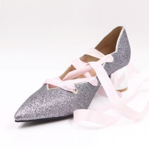 28b12376f36 China Fancy Ladies Middle Heel Pumps with Glitter Upper - China ...