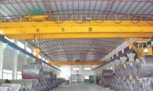 Heavy Duty Double Girder Overhead Crane with Electric Hoist Lifting Machinery pictures & photos