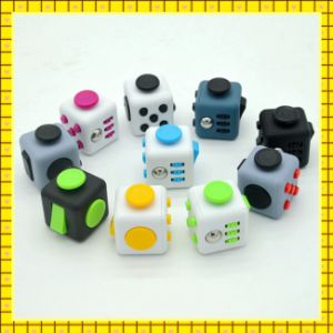 2017 Factory Price Anti Stress Fifget Cube