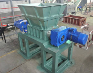 Powerful Wood, Plastic Twin Shaft Shredder pictures & photos