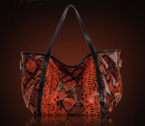 Latest Genuine Leather European Brand Snake Print Cowhide Single Shoulder Women′s Bag
