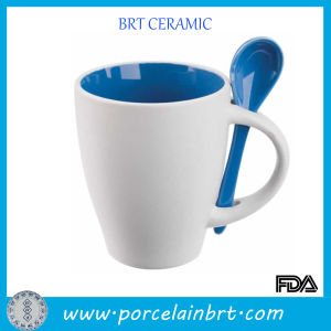 White Cheap Ceramic Promotion Mug for Wholesale pictures & photos