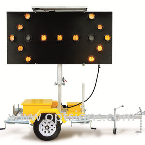 Hydraulic Lifting 15 Lamps LED Flashing Solar Arrow Board Trailer pictures & photos