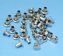 Single Head Metal Clothing Rivet pictures & photos