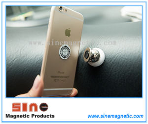 Magnetic Holder for iPhone Stand Display Car Holder pictures & photos