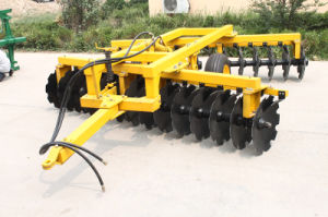 2016 Hot Sale Agriculture Machinery Hydraulic Trailed Disc Harrow pictures & photos