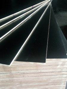 Black Film Faced Plywood, Poplar Core, WBP Glue, 4′x8′x12mm pictures & photos
