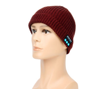 Fashion Rechargeable Winter Wireless Smart Bluetooth/Music Hat/Cap with Built-in Mic