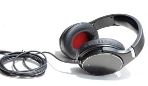 Good Selling DJ Headphone with Detachable Cable