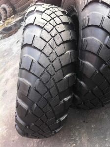 Military Tire (15.5-20, 1300X530-533, 1500X600-635) pictures & photos