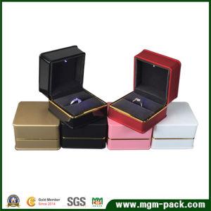 China Promotional Square Plastic LED Jewelry Box China Jewelry Box