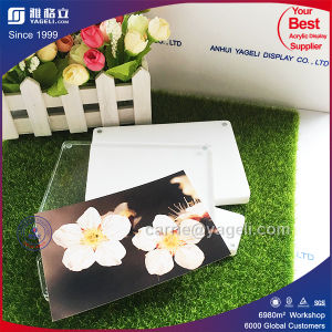 2016 Unique Style Crystal Acrylic Poster Frame pictures & photos