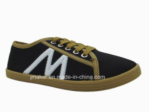 2015 Hot Sale Outdoor Footwear for Lady (XH05-L)