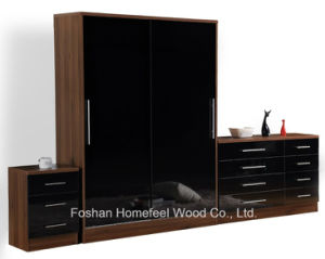 High Gloss Ottawa Bedroom Sliding Wardrobe Dresser Set pictures & photos