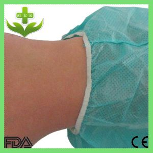 China Disposable PP Non Woven Surgical Isolation Gown pictures & photos