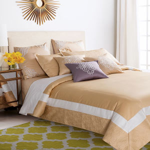 Premium Bed Linen, Luxury Hotel Cotton Bedding Set Embroidery Golden Bedding pictures & photos