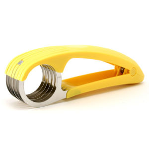 Hot Sale Convenient Hand-Held Banana Slicer pictures & photos