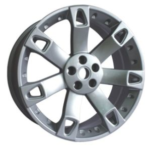 Land Rover Replic Alloy Wheel with Sliver (UFO-L04) pictures & photos