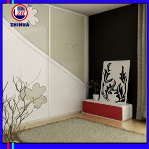 High Glossy Sliding Door Wardrobe (ZH080) pictures & photos