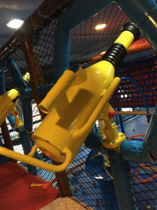 New Design Large Commarcial Indoor Playground, Yl-Tqb026 pictures & photos