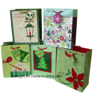Wholesale Medium Christmas Holiday Printing Art Paper Promotional Gift Bags pictures & photos
