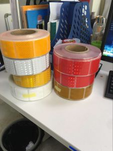 Discrete Reflective Tape for Truck Vehicle Warning Road Safety