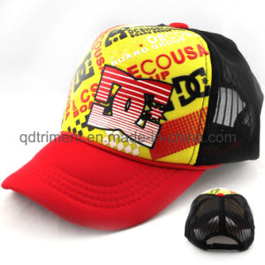 Promotional Screen Print Sponge Mesh Sport Trucker Cap (TRNT087) pictures & photos