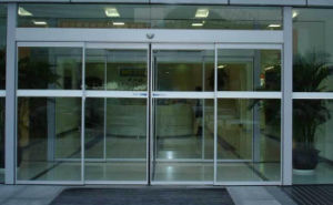 High Quality Automatic Aluminium Door Manufacyure (DS-200) pictures & photos