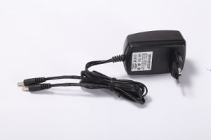 Laptop Universal Car Adapter/Charger DC 100w pictures & photos