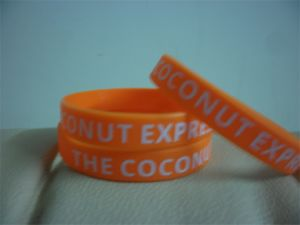 High Quality Custom Screen Print Text Rubber Wristband Bracelets for Events P091701
