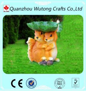 Wholesale Custom Resin Lovely Squirrel Garden Treasures Bird Feeder