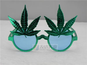 PC Weed Seeds Party Sunglasses (GGM089) pictures & photos