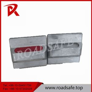 Reflective Low Price Aluminum Cat Eye Road Marker Stud pictures & photos