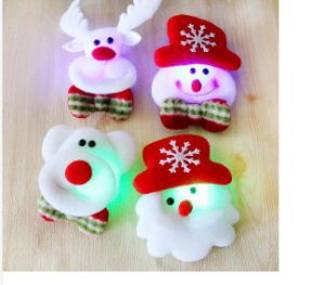 Christmas Flash Fabrics Brooch Santa Claus Shine Fashion Brooch Christmas Decoration Gifts Mix Style