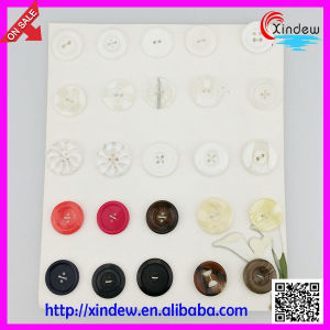 Resin Custom Sewing Buttons pictures & photos