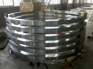 C45, 50mn Q+T, 42CrMo4 Q+T, AISI 1050 Q+T Inner and Outer Rings for Slewing Ring Bearing pictures & photos