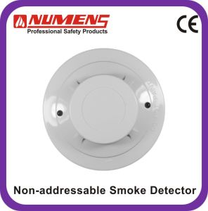 Conventional (non-addressable) 2-Wire Smoke Detector with Remote LED