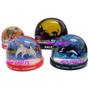 Plastic Waterball, Plastic Snowglobe Crafts pictures & photos