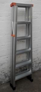 Light Grade Double Side Step Aluminium Ladder pictures & photos