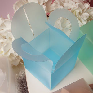High quality plastic gift box with handle (PVC handle box) pictures & photos