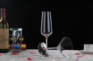Decorated Fantastic Crystal Red Wine Glass (B-WG069) pictures & photos