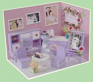 Purple Wooden Doll House Wedding Shop pictures & photos